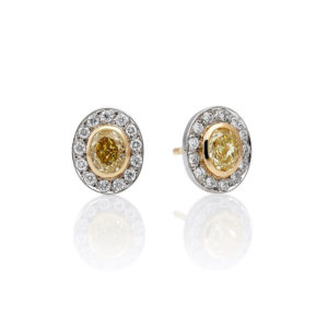 Pendientes con diamante fancy amarillo